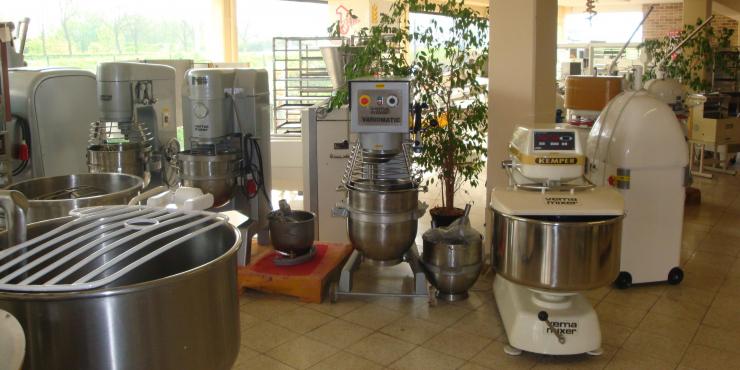 Bakkerijmachines - voedingsmachines tweedehands